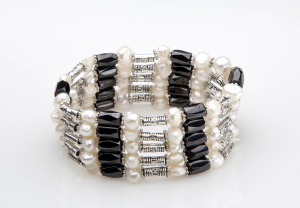 Black and White freshwater pearl magnetic wrap